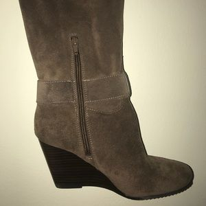 BCBG Over the knee suede boots NWOT 7.5